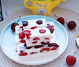 #百变水果花样吃#樱桃布丁的做法
