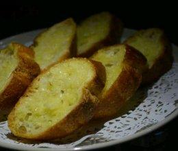 牛排必搭的蒜香面包的做法