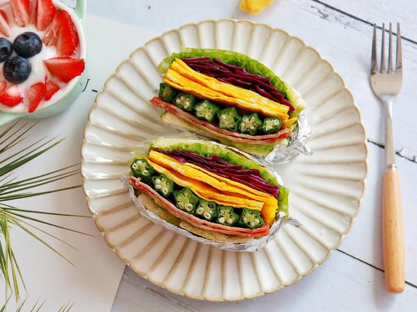 秋葵蛋皮牛油果三明治