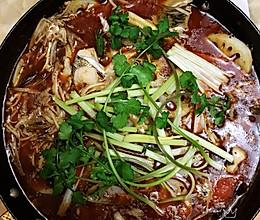 #憋在家里吃什么#热气腾腾的火锅鱼的做法