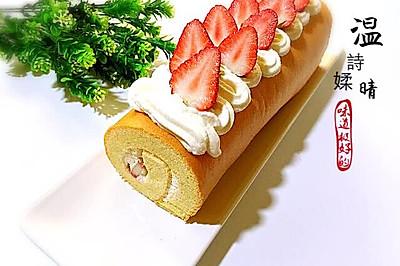 草莓夹心蛋糕卷