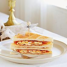 火腿肠鸡蛋三明治