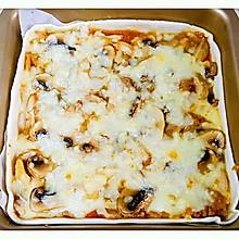 鸡肉蘑菇薄披萨