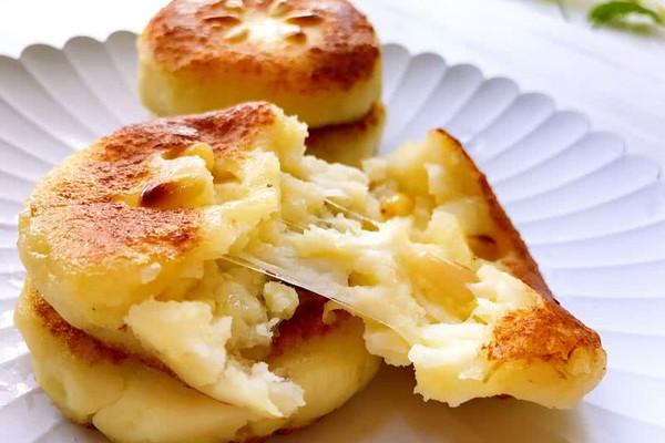 拉丝土豆饼的做法