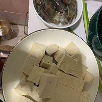 虾仁煎蛋裙带菜豆腐汤的做法图解2