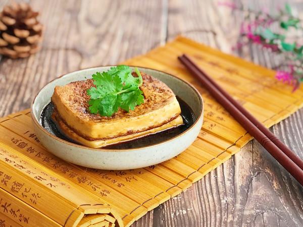 秋冬补品 暧身暖胃 黄酒煮豆腐的做法