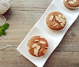 杏仁片可可蛋糕的做法