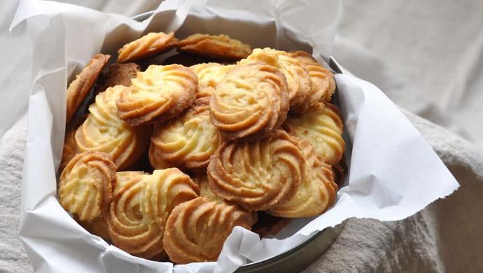 椰蓉曲奇饼干(视频菜谱)
