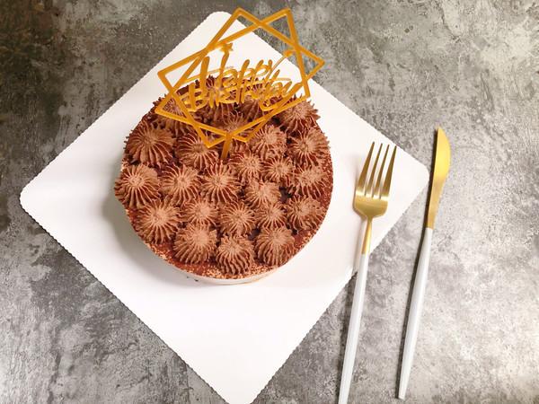 醇厚浓郁的巧克力慕斯蛋糕