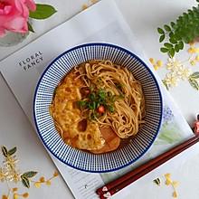 #全电厨王料理挑战赛热力开战!#酱油鸡蛋午餐肉焖面