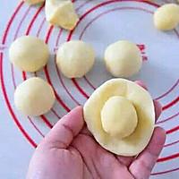 蛋黄酥的做法图解10