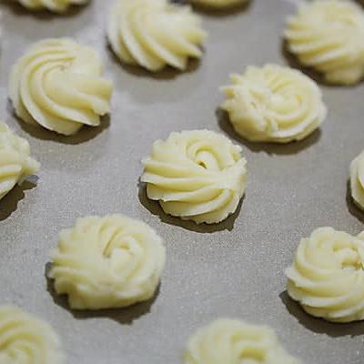奶酪蛋白曲奇(烤箱做饼干)的做法 步骤8