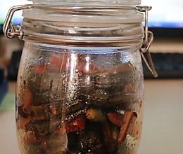 油酱菜(黄瓜青椒咸菜)的做法