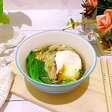 雪菜卧蛋面#520,美食撩动TA的心!#