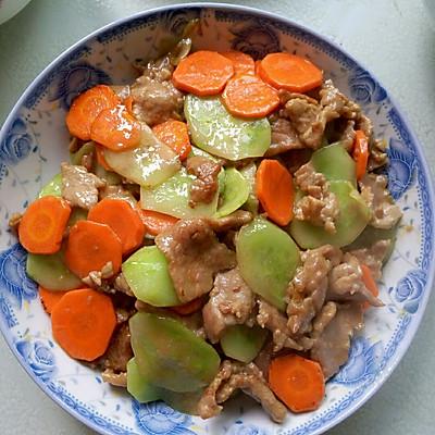 黄瓜小炒肉