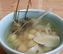 灯芯草莲子糖水的做法
