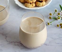 #夏日撩人滋味#好喝不发胖的红豆奶茶的做法