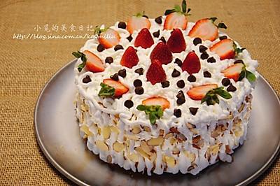 草莓奶油夹心蛋糕