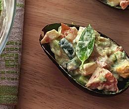 牛油果金枪鱼沙律 【简单营养的沙拉】的做法
