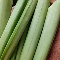 拌凉菜新鮮芋苗的作法流程详解3