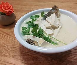 鲫鱼炖豆腐#养颜美容补蛋白的做法