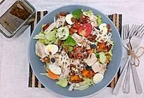 烤南瓜嫩煎鸡胸肉藜麦沙拉的做法
