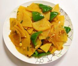 家常辣椒炒土豆片的做法