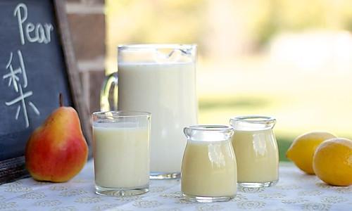 奶香玉米梨汁的做法