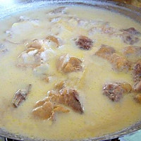 鸭架汤(奶白的,最简单最基础做法)的做法图解7