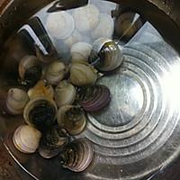文蛤炖蛋的做法图解1