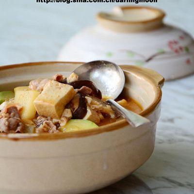肥牛什锦大酱汤