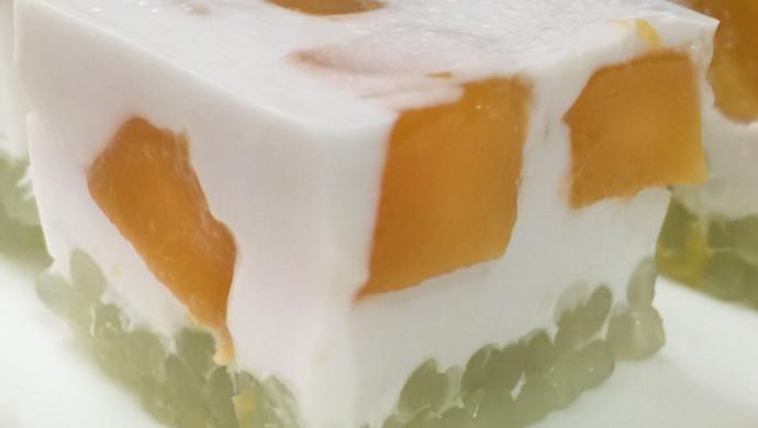 芒果椰汁西米糕