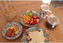 #雀巢营养早餐#吐司配牛奶沙拉的做法