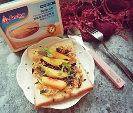 肉松吐司#安佳黑科技易涂抹软黄油#的做法