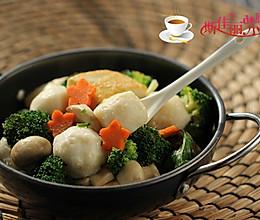 豆腐口蘑西兰花烩鱼丸的做法