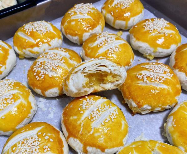 酥的掉渣的 奶黄酥的做法