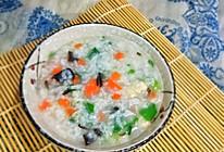 #换着花样吃早餐#胡萝卜鸡蓉木耳粥的做法