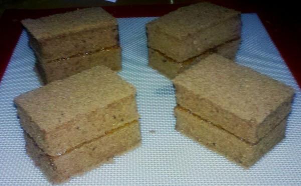 巧克力味戚风夹心蛋糕(可可粉戚风)4蛋8寸配方的做法