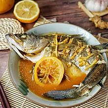#秋天怎么吃#这样蒸鲈鱼,鲜而不腥抢着吃
