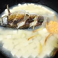 营养味美家常-乳白鲫鱼豆腐汤的做法图解5