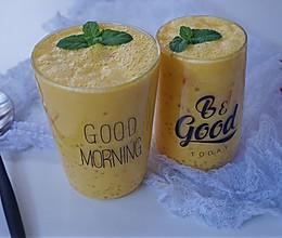 自制简单、味道超赞的下午茶甜点之芒果西米露的做法
