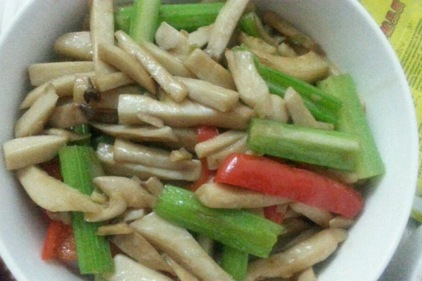苏炒鸡腿菇的做法