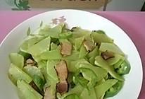 莴笋青椒炒腊肉的做法
