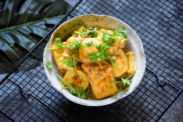 街边小吃自己做,干净卫生又好吃的炸臭豆腐的做法