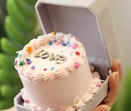 装饰盒蛋糕的做法