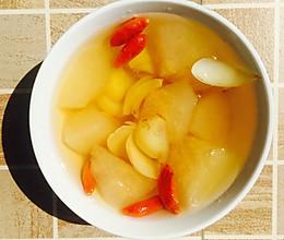 秋梨百合枸杞糖水的做法