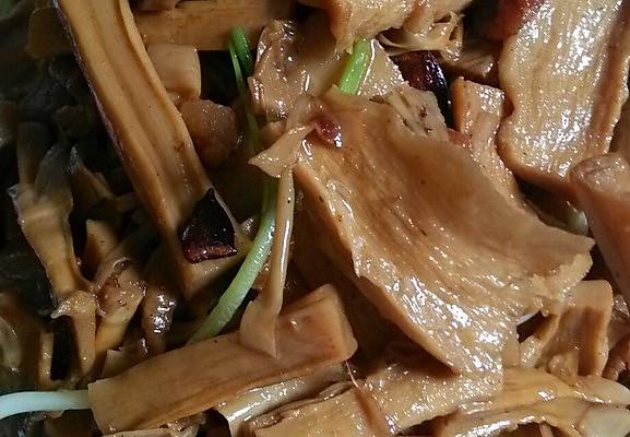 腊笋炒肉的做法