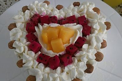 六寸心形水果奶油蛋糕