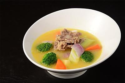 《高阶菜谱》咖喱蔬菜牛尾汤