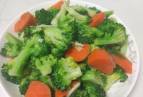 素炒西兰花胡萝卜的做法